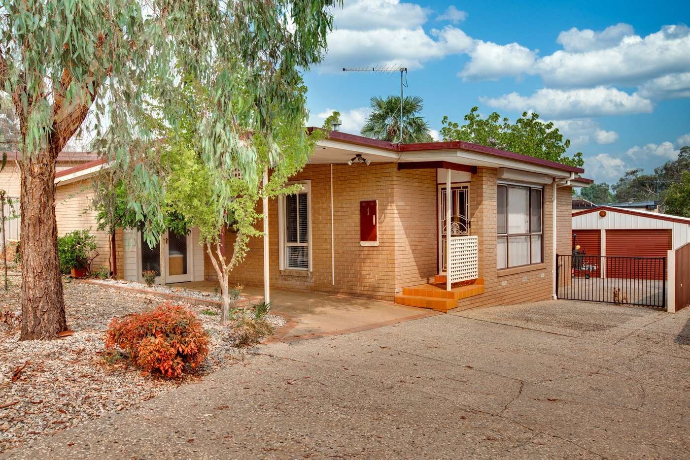 Main view of Homely unit listing, 1/1 Stott Court, Wodonga VIC 3690