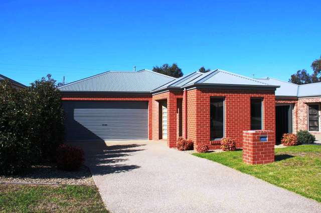 37 Gabrielle Court, Lavington NSW 2641