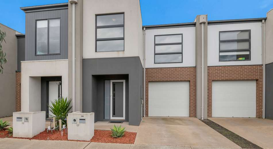 17 Marwedel Avenue, Clyde North VIC 3978