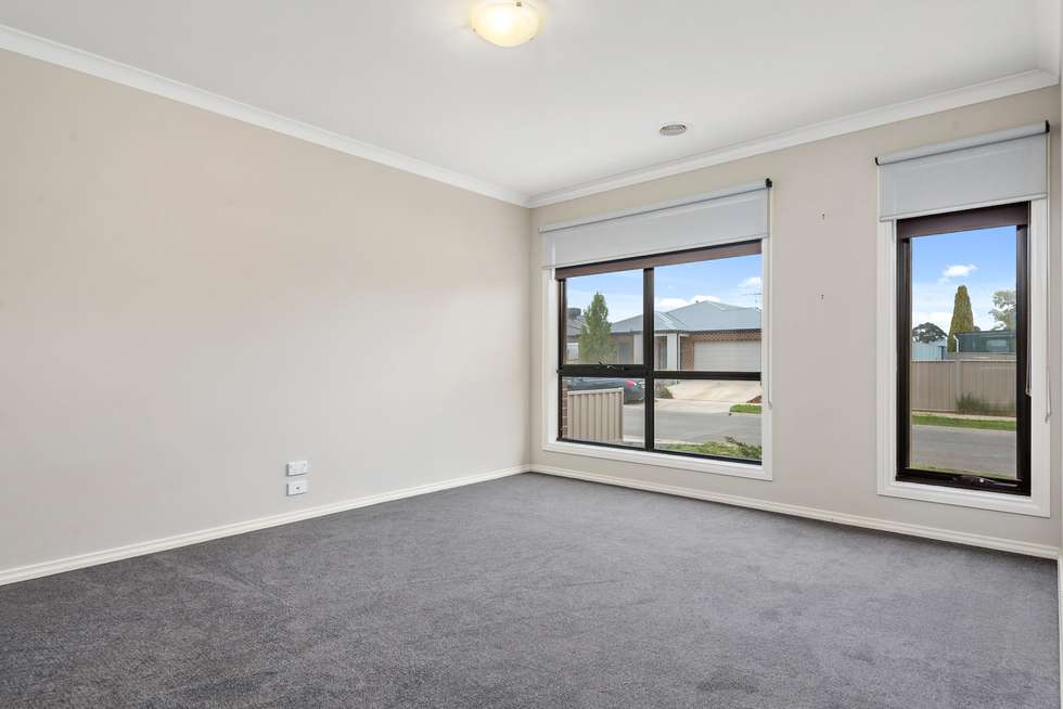 Fourth view of Homely house listing, 3 Fitch Court, Ballan VIC 3342