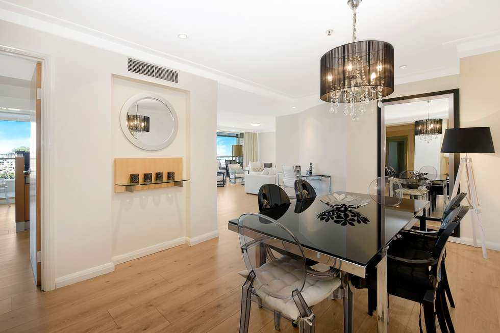 Third view of Homely apartment listing, 1402/61 Macquarie Street, Sydney NSW 2000