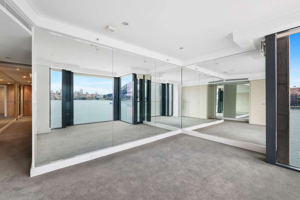 Third view of Homely apartment listing, 29/1 Macquarie Street, Sydney NSW 2000
