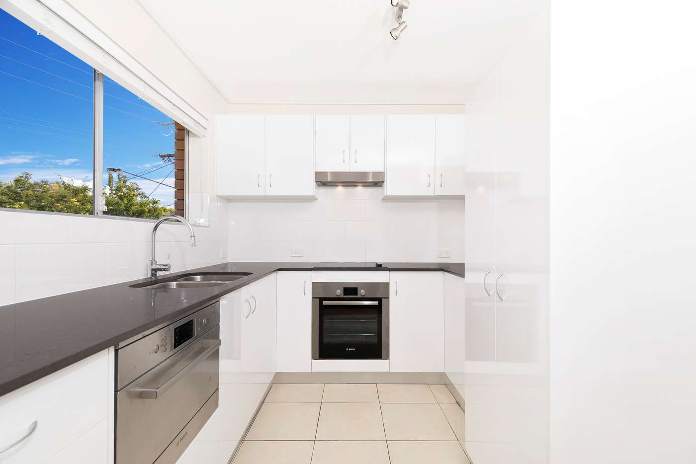 Main view of Homely apartment listing, 2/2 Prospect Terrace, Red Hill QLD 4059