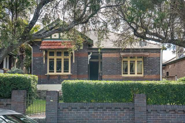 2/20 Gould Avenue, Lewisham NSW 2049