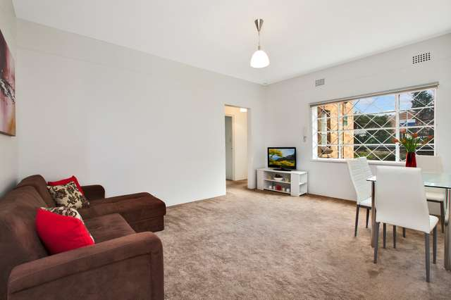 2/2A Milner Crescent, Wollstonecraft NSW 2065