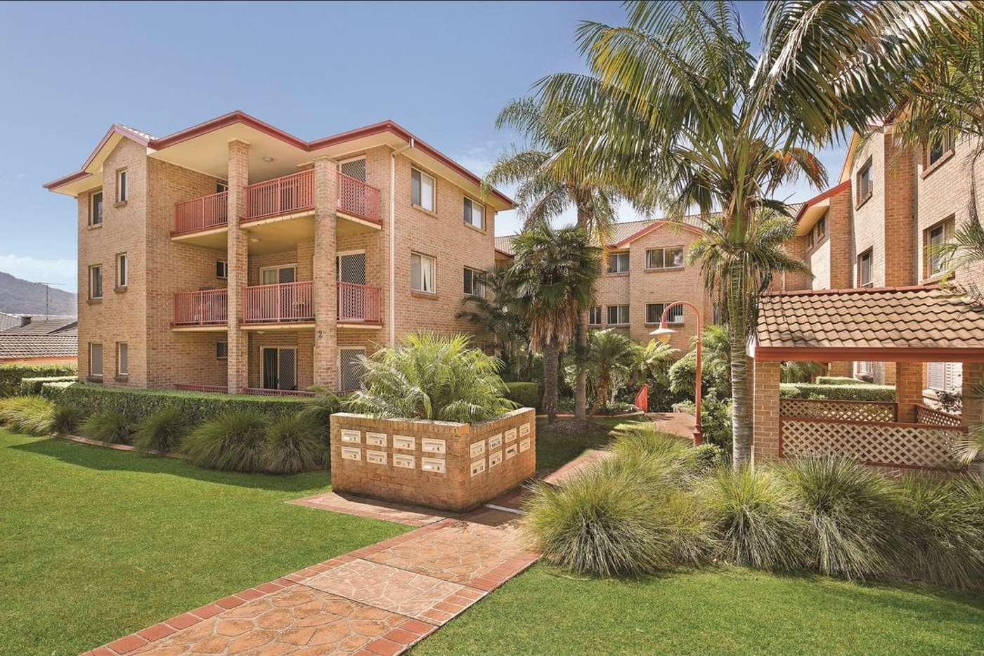 Main view of Homely unit listing, 15/2 Edward Street, Wollongong NSW 2500