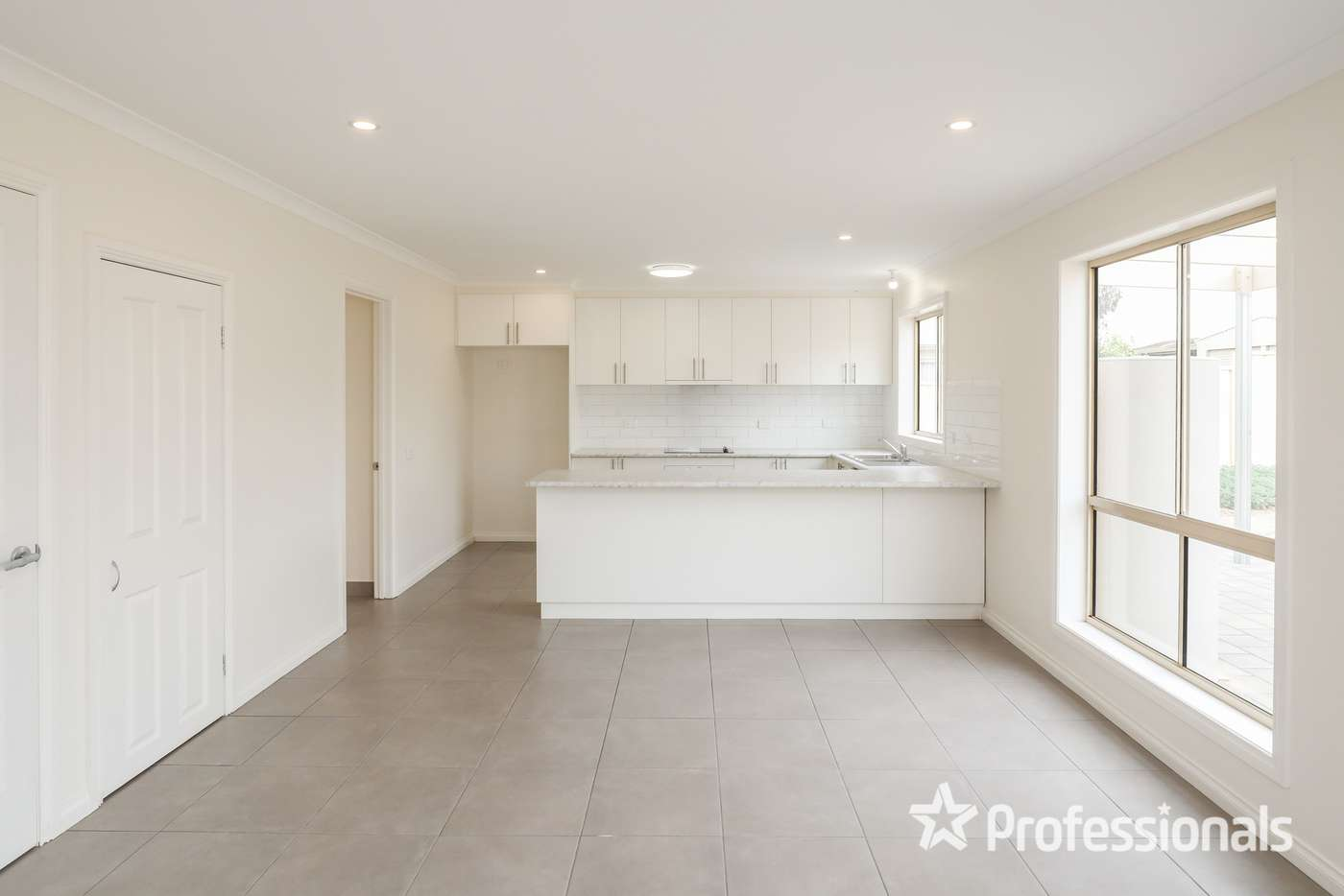 Fifth view of Homely house listing, 72 Summer Drive, Buronga NSW 2739