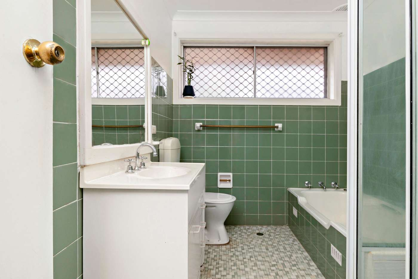 Fifth view of Homely house listing, 2 McAndrew Crescent, Mangerton NSW 2500