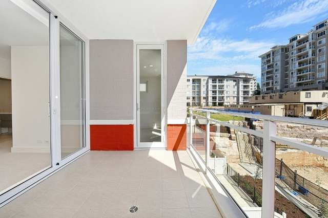 305/2 Palm Avenue, Breakfast Point NSW 2137
