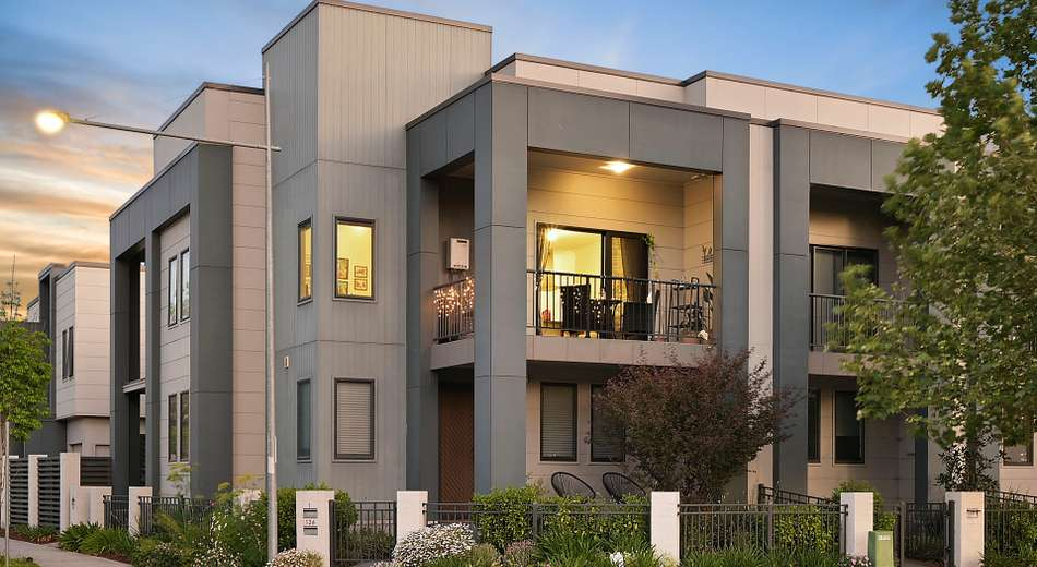 2/126 Lord Sheffield Circuit, Penrith NSW 2750