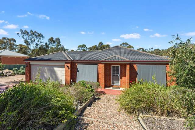34 Glenelg Drive, Maiden Gully VIC 3551