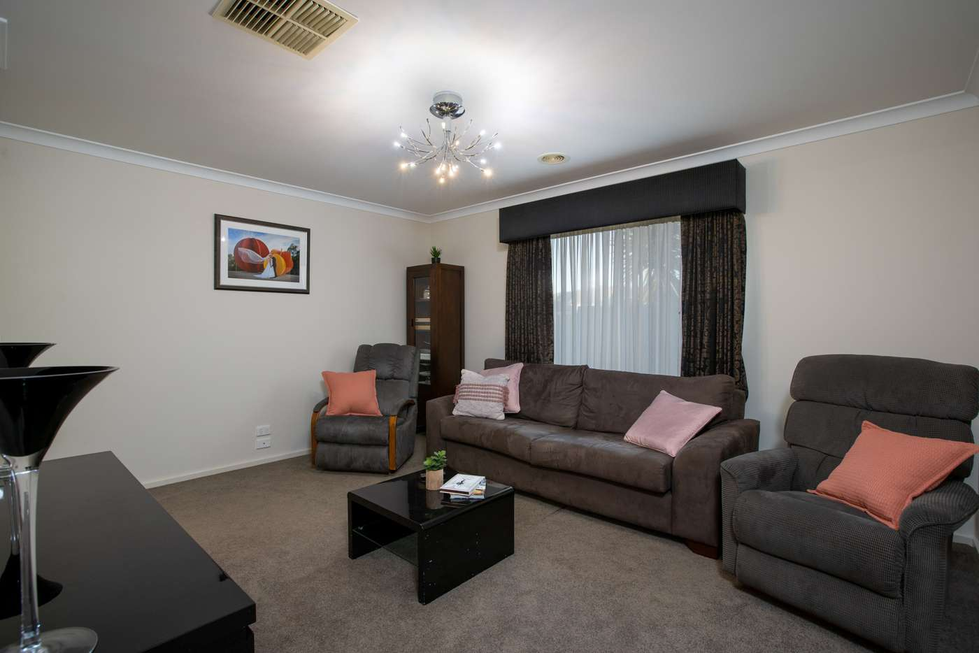 Fifth view of Homely house listing, 8 Fitzroy Street, Wodonga VIC 3690