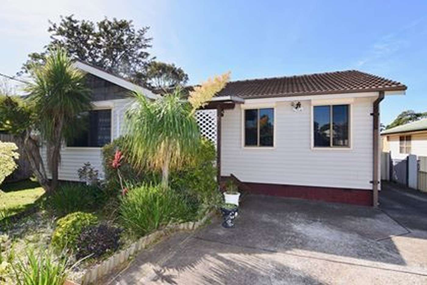 Main view of Homely house listing, 10 Lavis Drive, Mount Warrigal NSW 2528