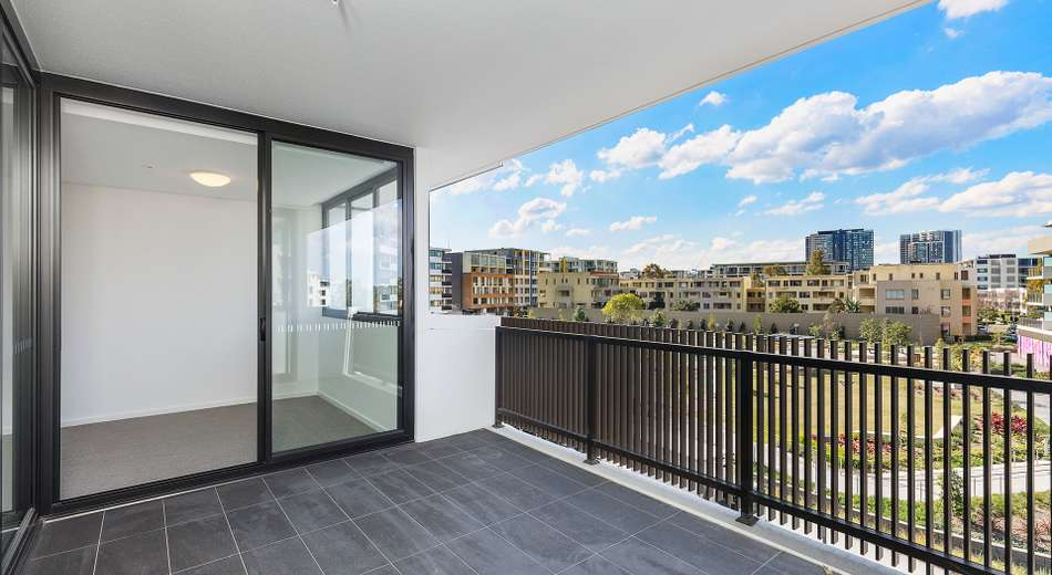 J10080/17 Amalfi Drive, Wentworth Point NSW 2127