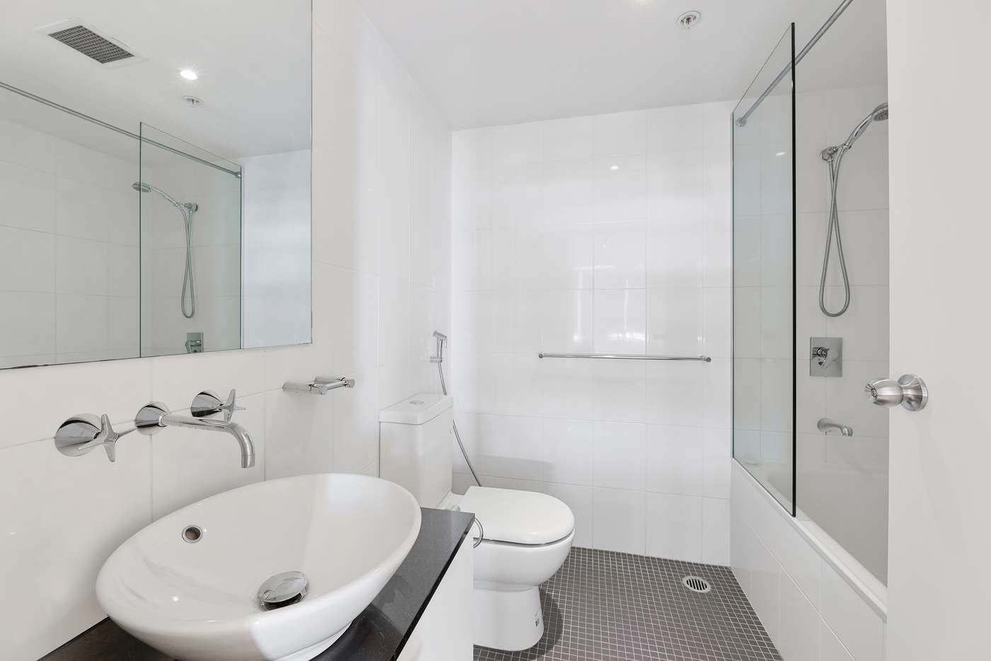 Sixth view of Homely apartment listing, 2201/355 Kent Street, Sydney NSW 2000