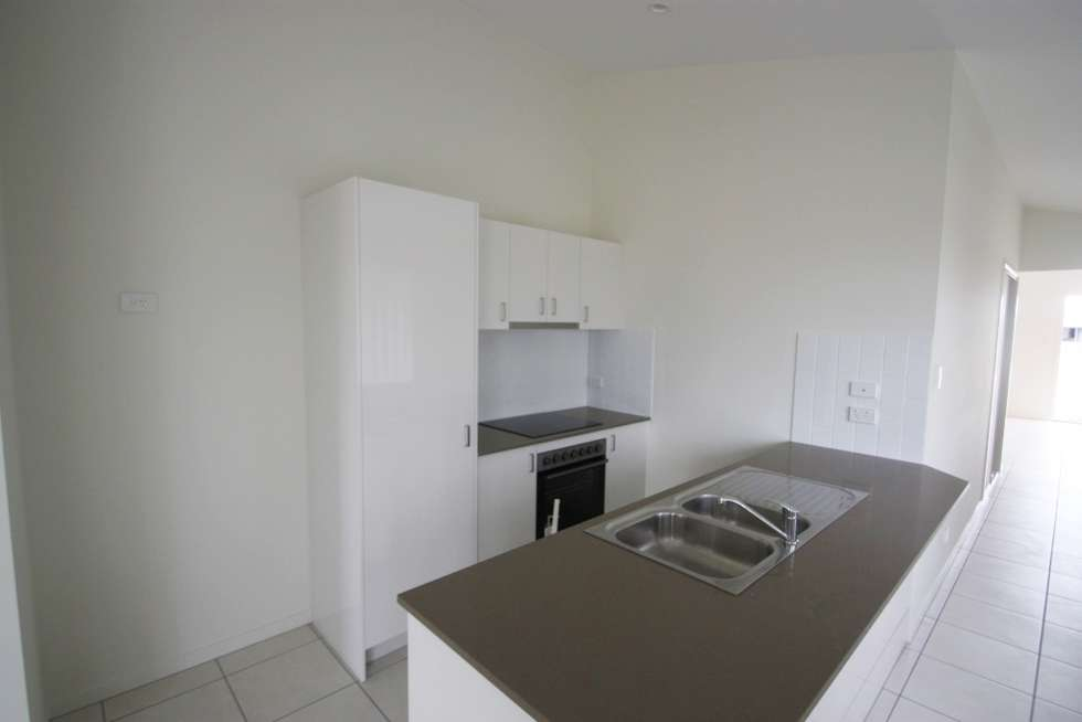 Fifth view of Homely house listing, 2 Ioannou Place, Coomera QLD 4209