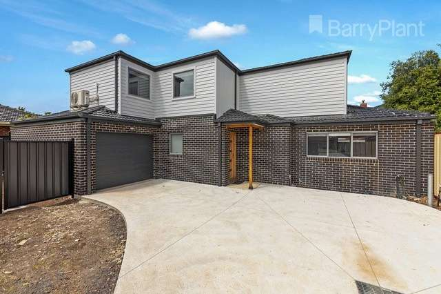 2/1 Sirius Court, Keilor Downs VIC 3038