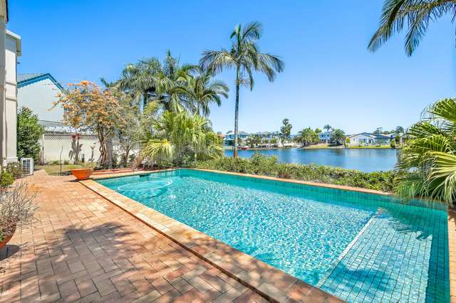 34/40 Cotlew Street East, Southport QLD 4215