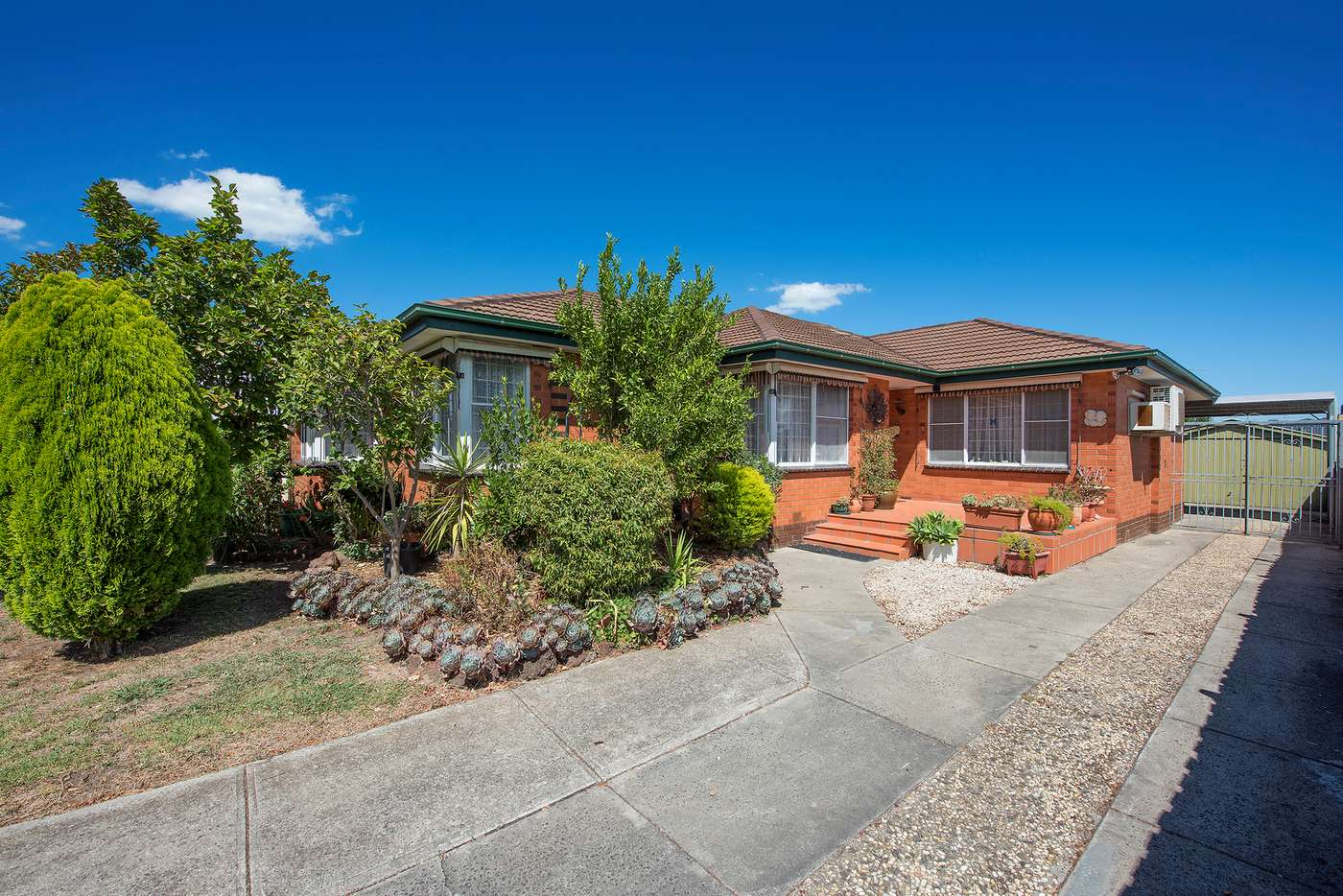 Main view of Homely house listing, 1 Burwood Court, Thomastown VIC 3074