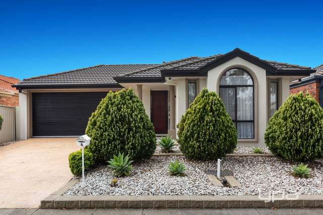 6 Abbington Crescent, Caroline Springs VIC 3023