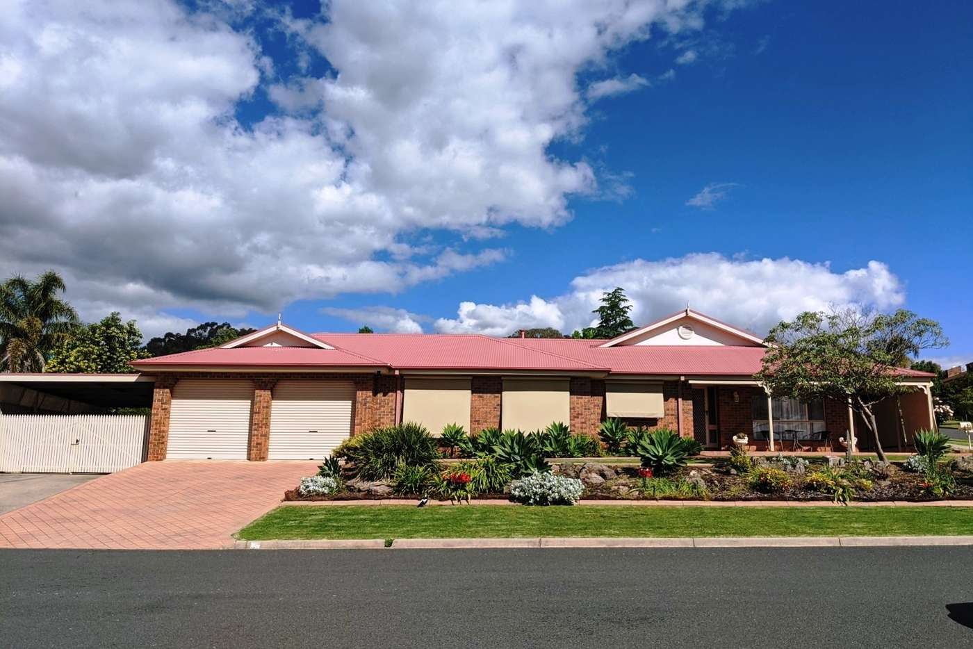 Main view of Homely house listing, 1 Stapleton Court, Wodonga VIC 3690