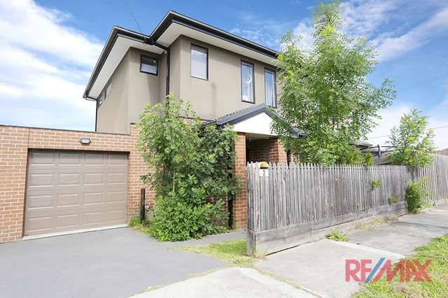 2 Carroll Avenue, Dandenong VIC 3175