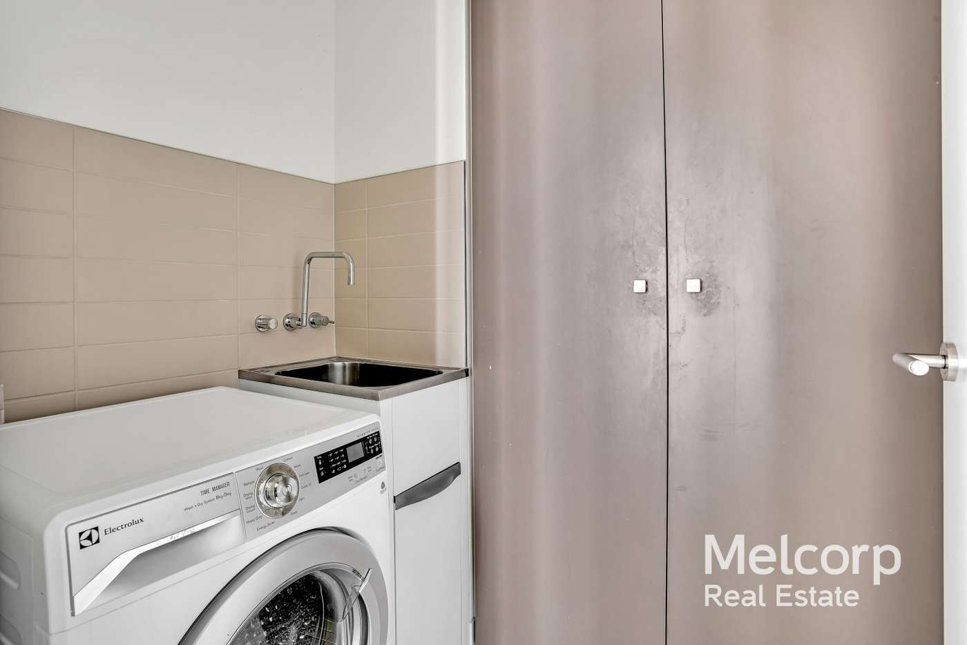 Fifth view of Homely apartment listing, 5G/9 Waterside Place, Docklands VIC 3008
