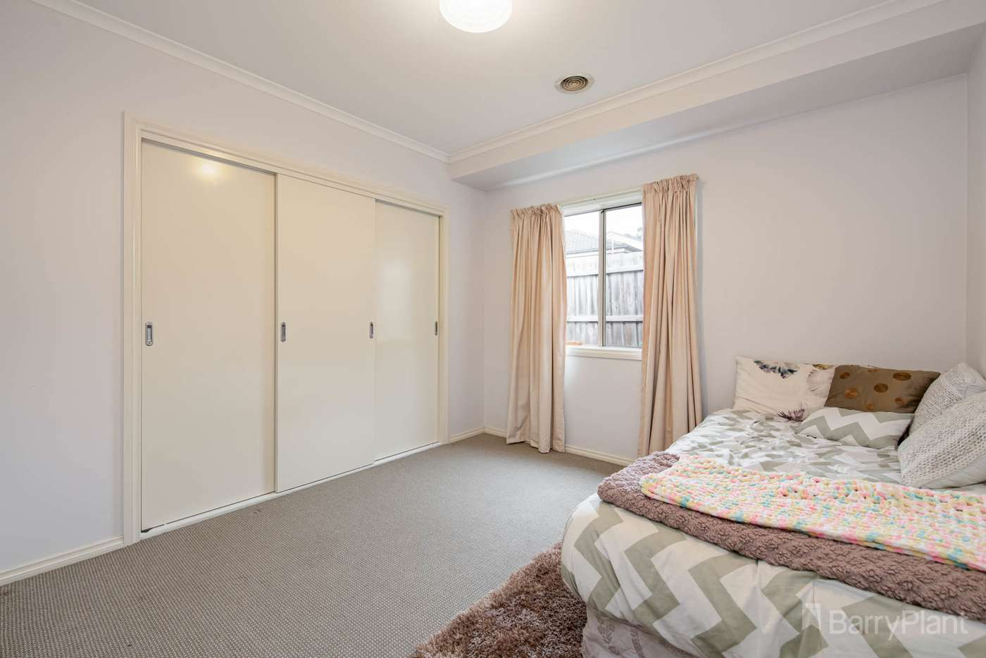 Sixth view of Homely house listing, 2/26 Donday Court, Pakenham VIC 3810