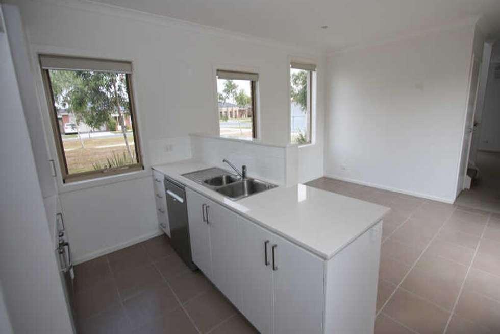 Fourth view of Homely townhouse listing, 180 Newbury Boulevard, Craigieburn VIC 3064