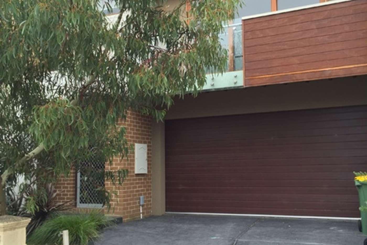 Main view of Homely townhouse listing, 19 Kilburn Place, Pakenham VIC 3810