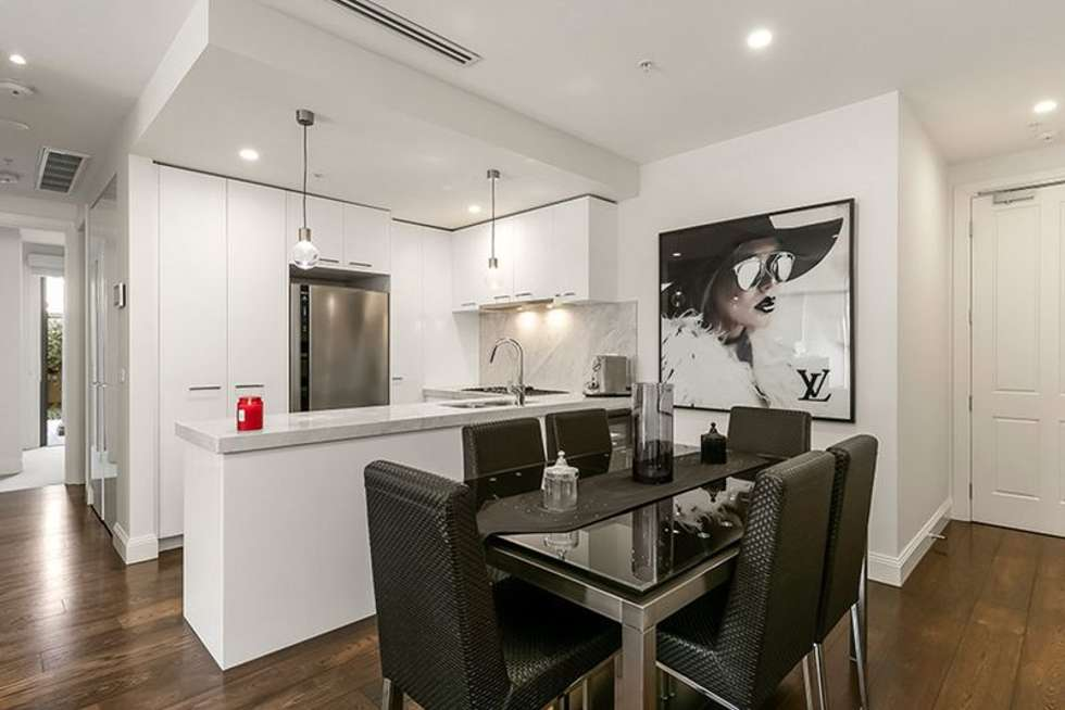 Third view of Homely apartment listing, 2/17A Martin Street, Brighton VIC 3186