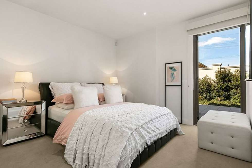 Fourth view of Homely apartment listing, 2/17A Martin Street, Brighton VIC 3186