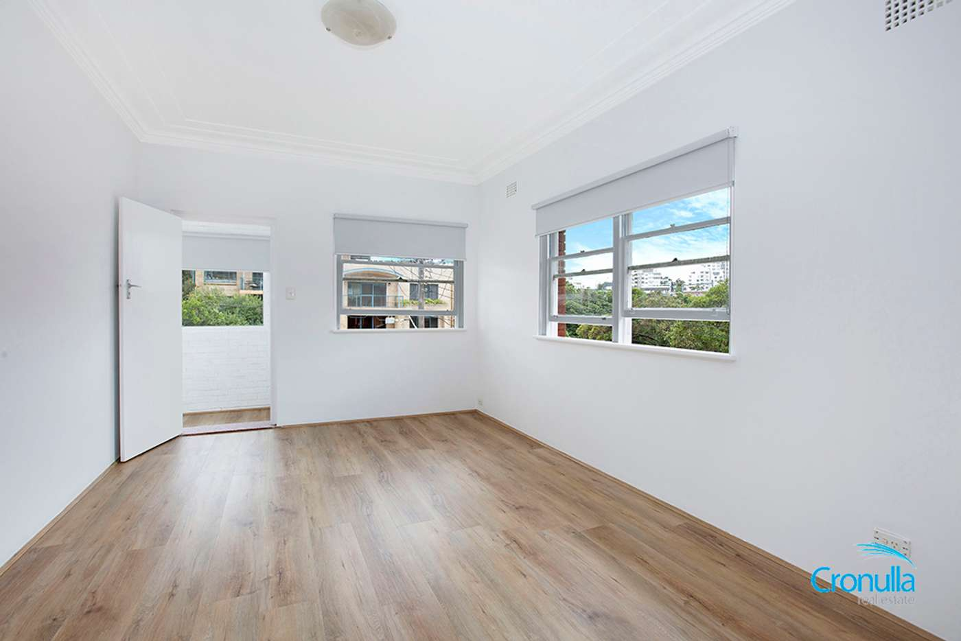 Main view of Homely unit listing, 4/2 Searl Road, Cronulla NSW 2230