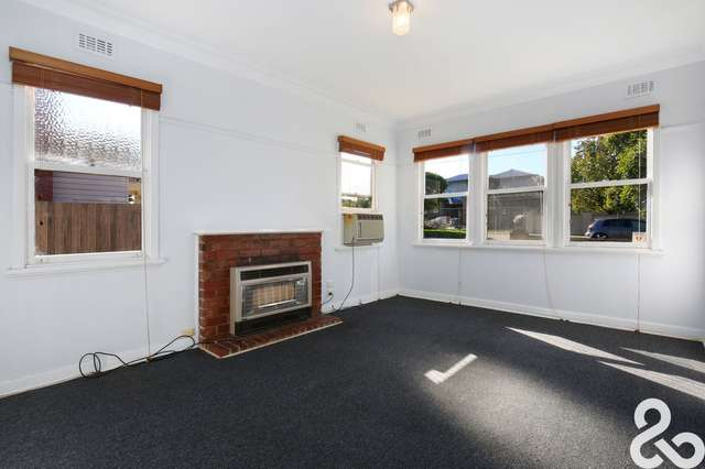 33 Gordon Grove, Preston VIC 3072