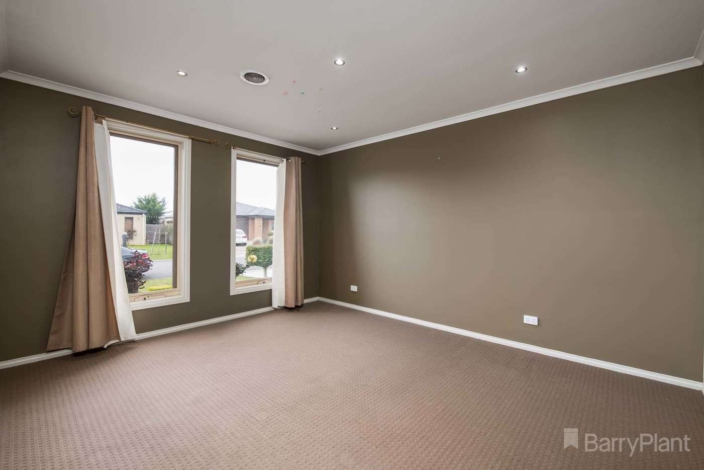 Seventh view of Homely house listing, 13 Currawong Crescent, Pakenham VIC 3810