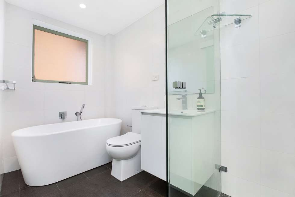 Third view of Homely apartment listing, 3/4 Second Avenue, Maroubra NSW 2035