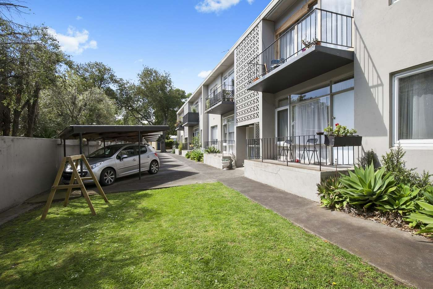 Main view of Homely unit listing, 3/2 Pevensey Street, Geelong VIC 3220