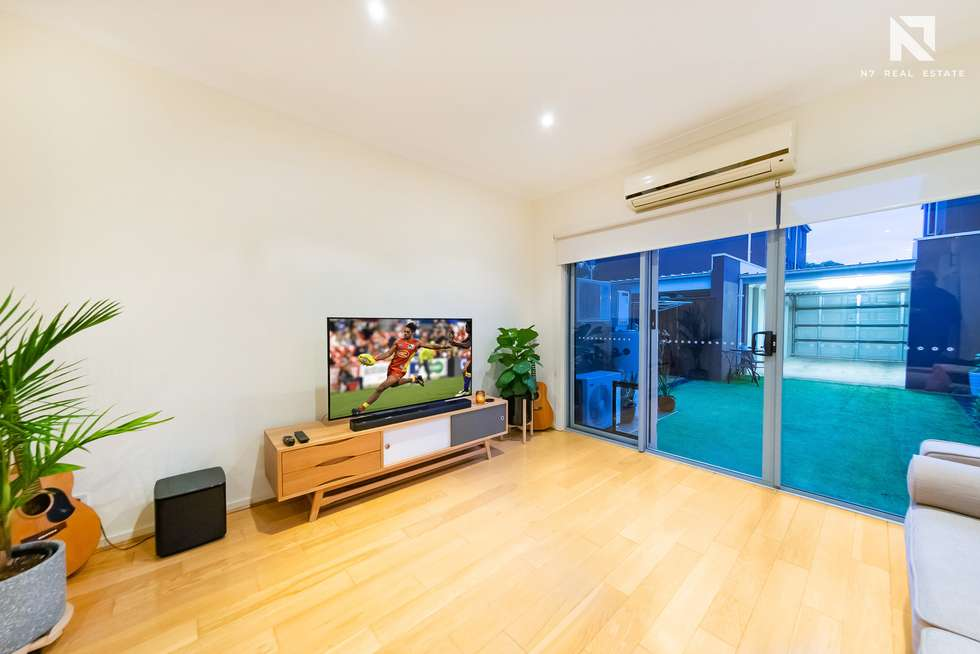 Fifth view of Homely townhouse listing, 4 Kai Close, Caroline Springs VIC 3023