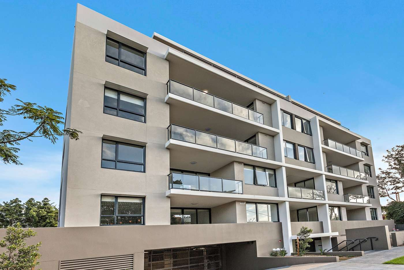 Main view of Homely unit listing, 18/3-5 Wiseman Avenue, Wollongong NSW 2500