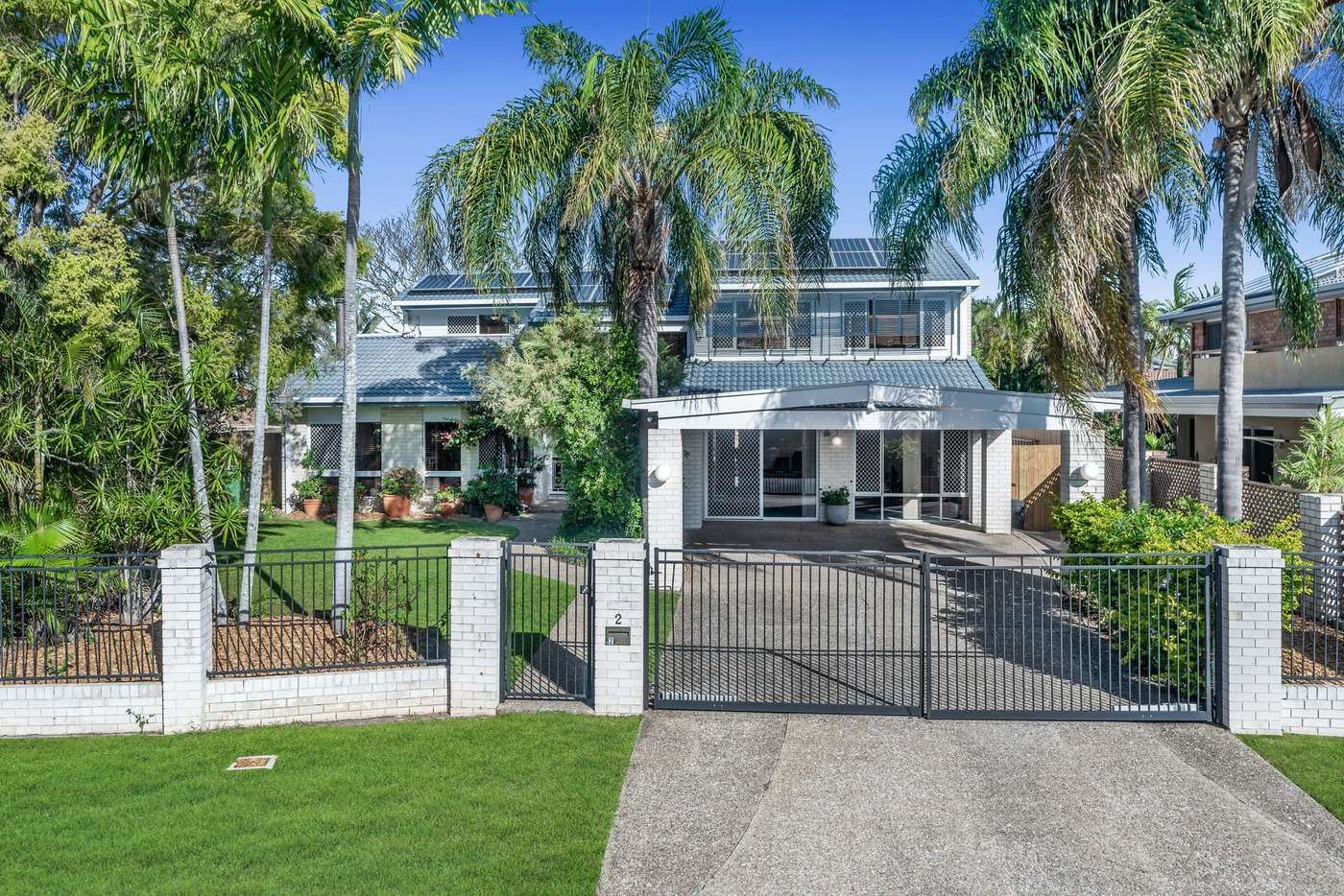 Main view of Homely house listing, 2 Wahoo Court, Birkdale QLD 4159