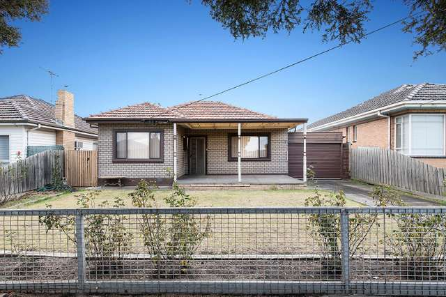 9 Edna Street, Sunshine North VIC 3020