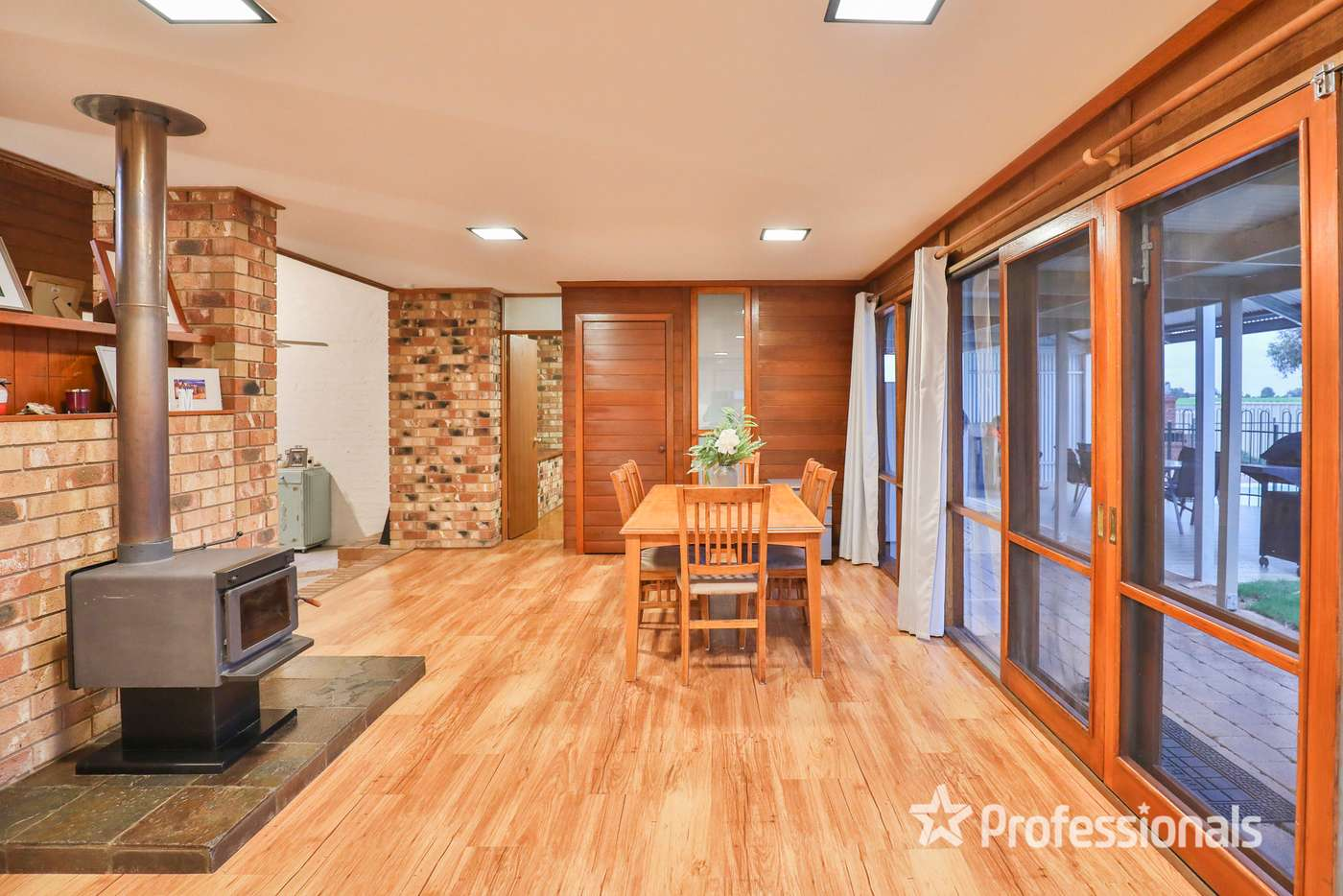Sixth view of Homely house listing, 916 Koorlong Avenue, Irymple VIC 3498