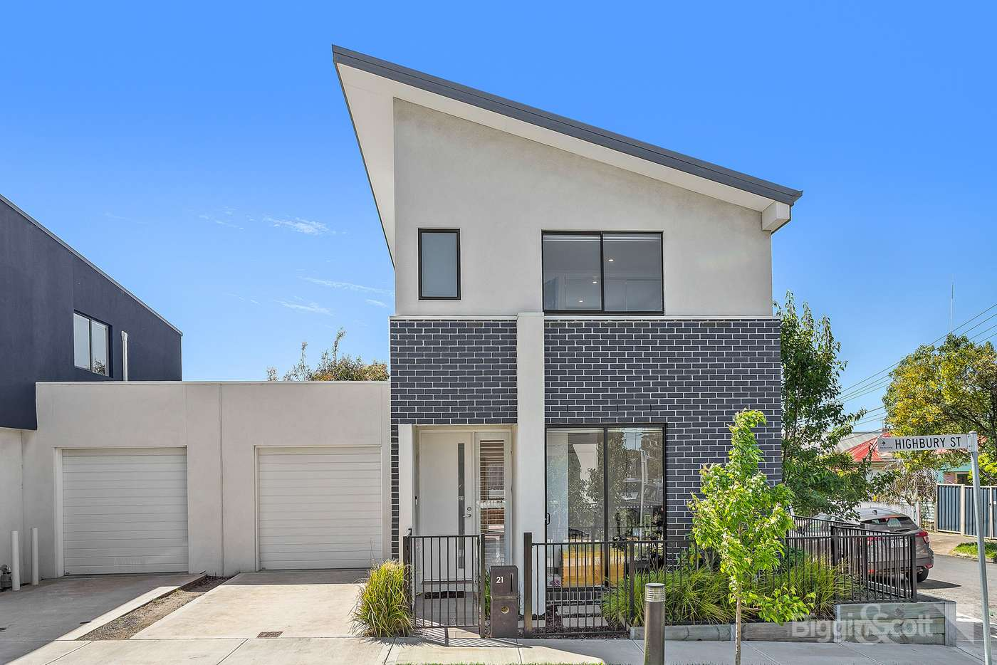 Main view of Homely townhouse listing, 21 Highbury Street, West Footscray VIC 3012
