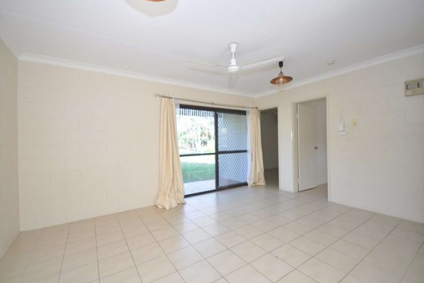 Main view of Homely unit listing, 3/9 Veivers Close, Westcourt QLD 4870