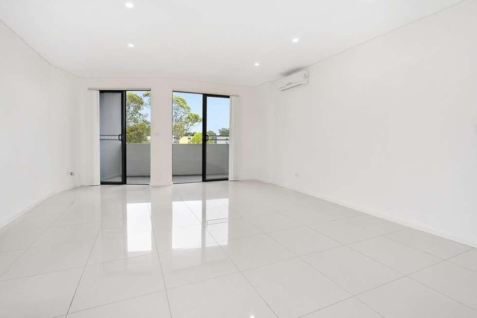 Second view of Homely unit listing, 15/8-12 Linden Street, Toongabbie NSW 2146