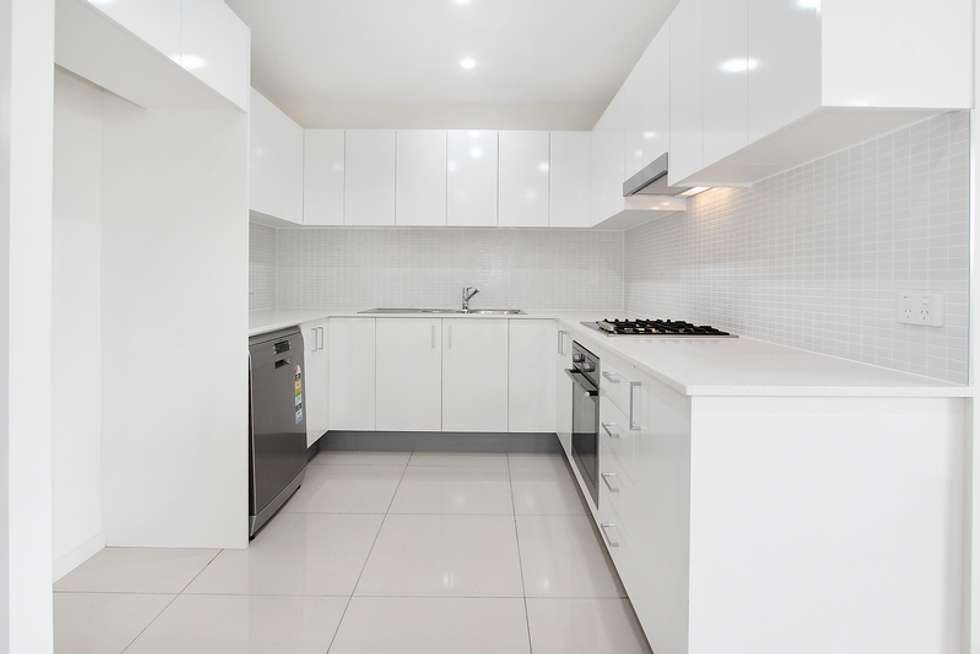 Third view of Homely unit listing, 15/8-12 Linden Street, Toongabbie NSW 2146