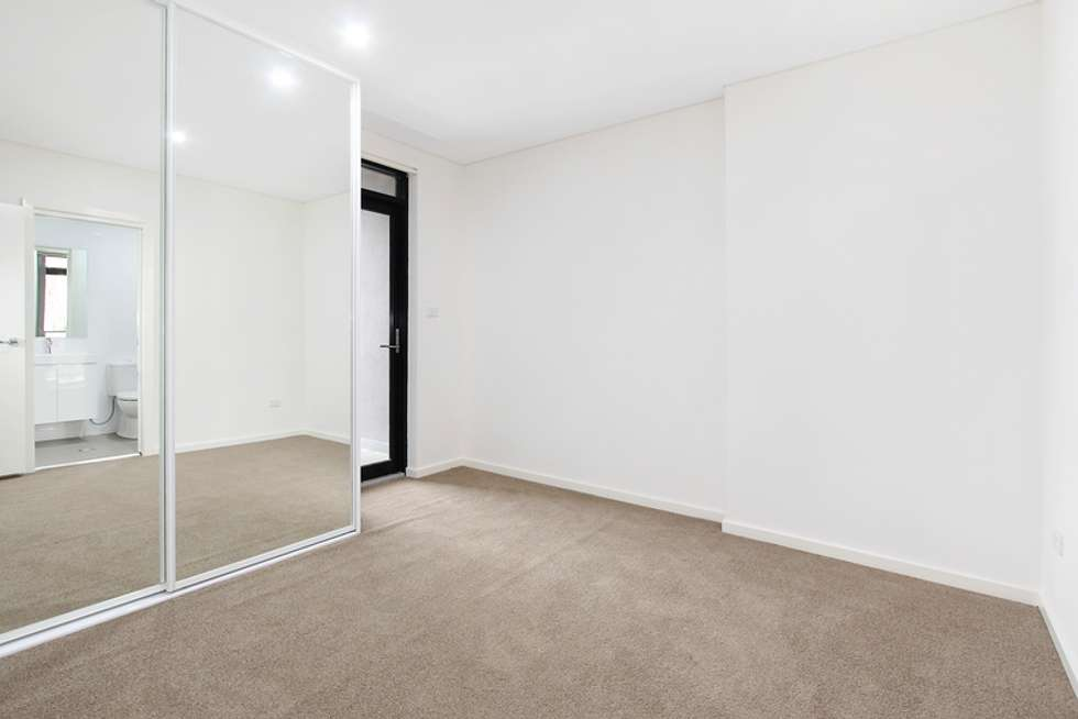 Fourth view of Homely unit listing, 15/8-12 Linden Street, Toongabbie NSW 2146