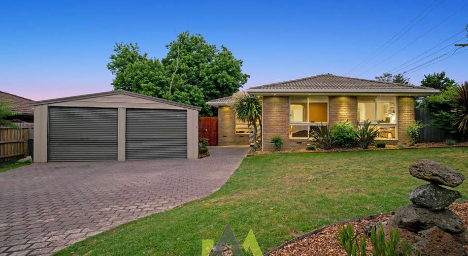 1 Green Acres Court, Langwarrin VIC 3910