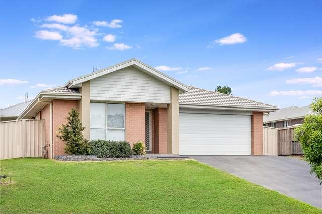 4 Darlaston Avenue, Thornton NSW 2322