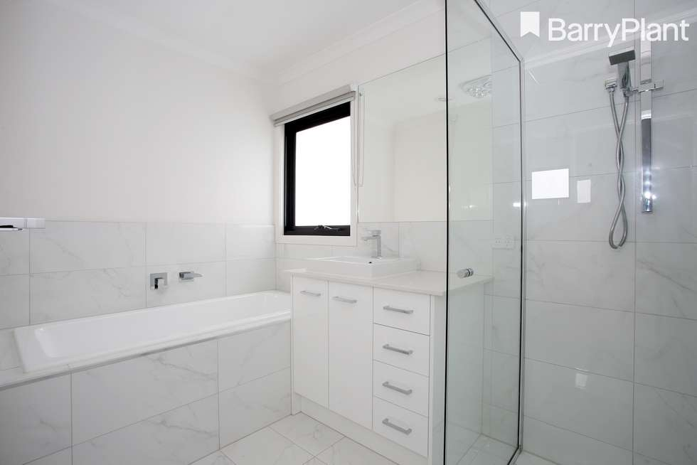 Fifth view of Homely house listing, 89 Parkhurst Drive, Cranbourne East VIC 3977